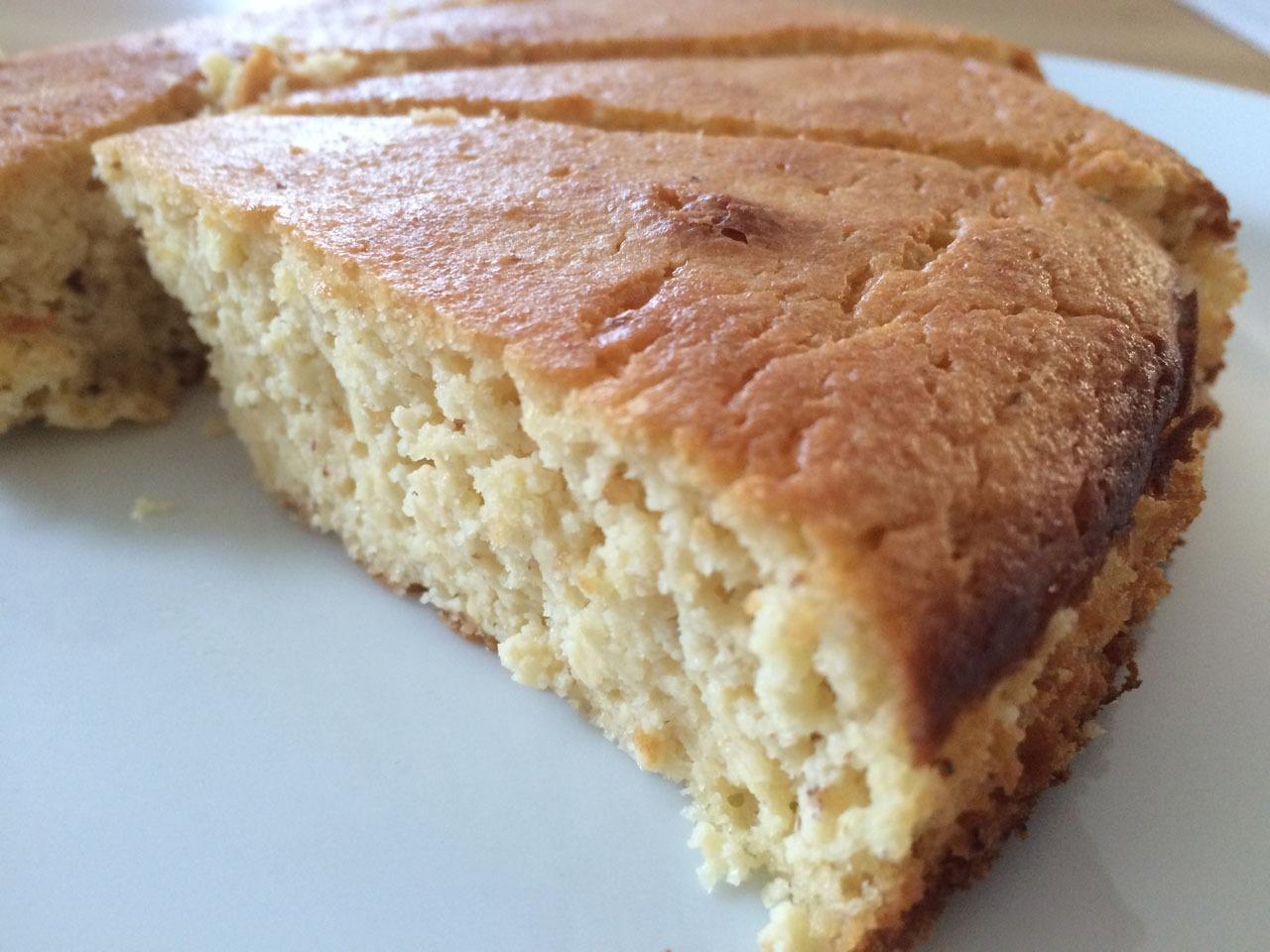 Lower-Carb Mandel Zitronen Kuchen